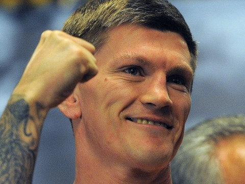 Manchester City fan Ricky Hatton puts club rivalry aside in classy tribute to victims of Munich air crash