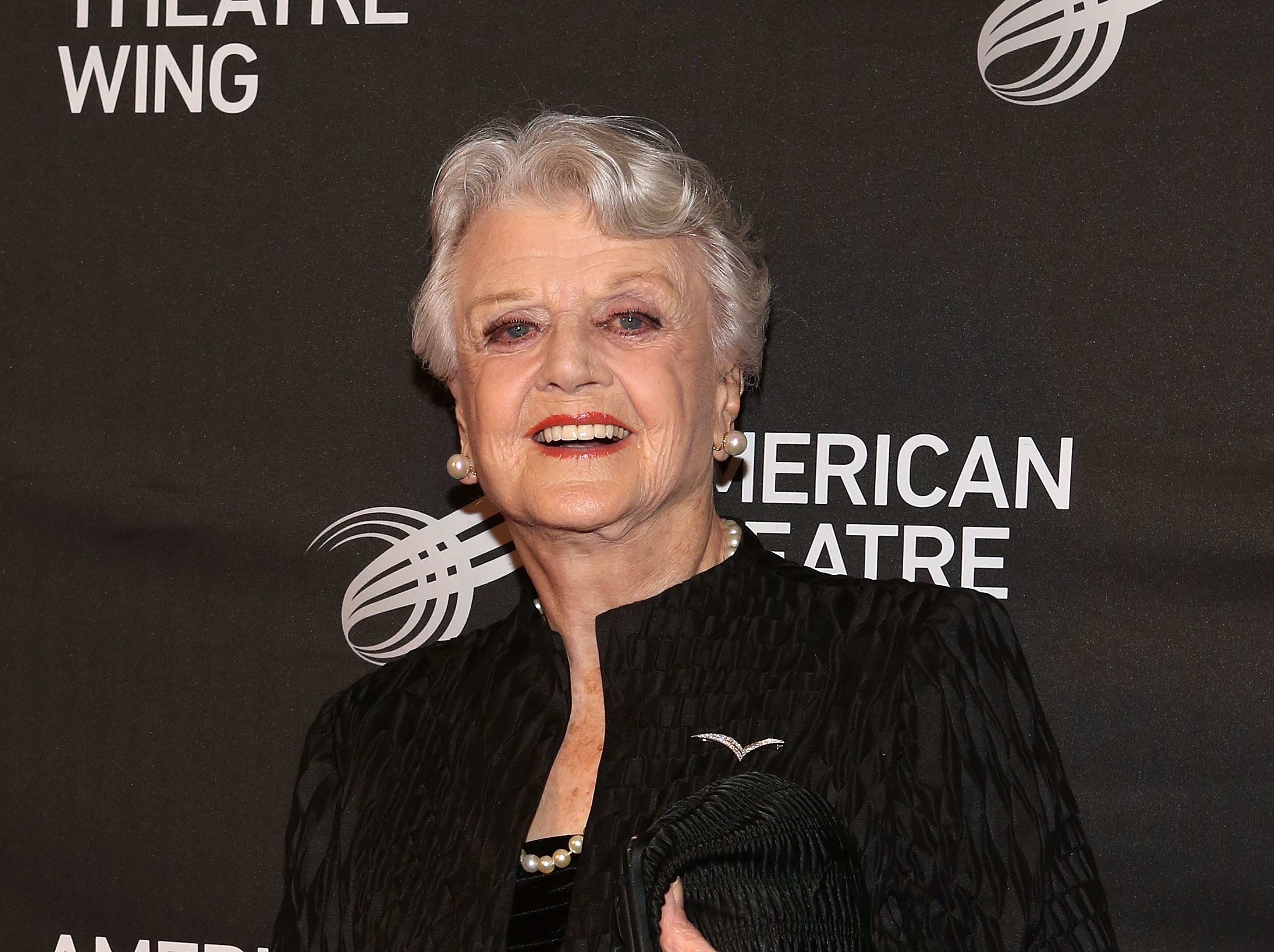 Angela Lansbury confirmed to play 'Balloon lady' in Mary Poppins Returns