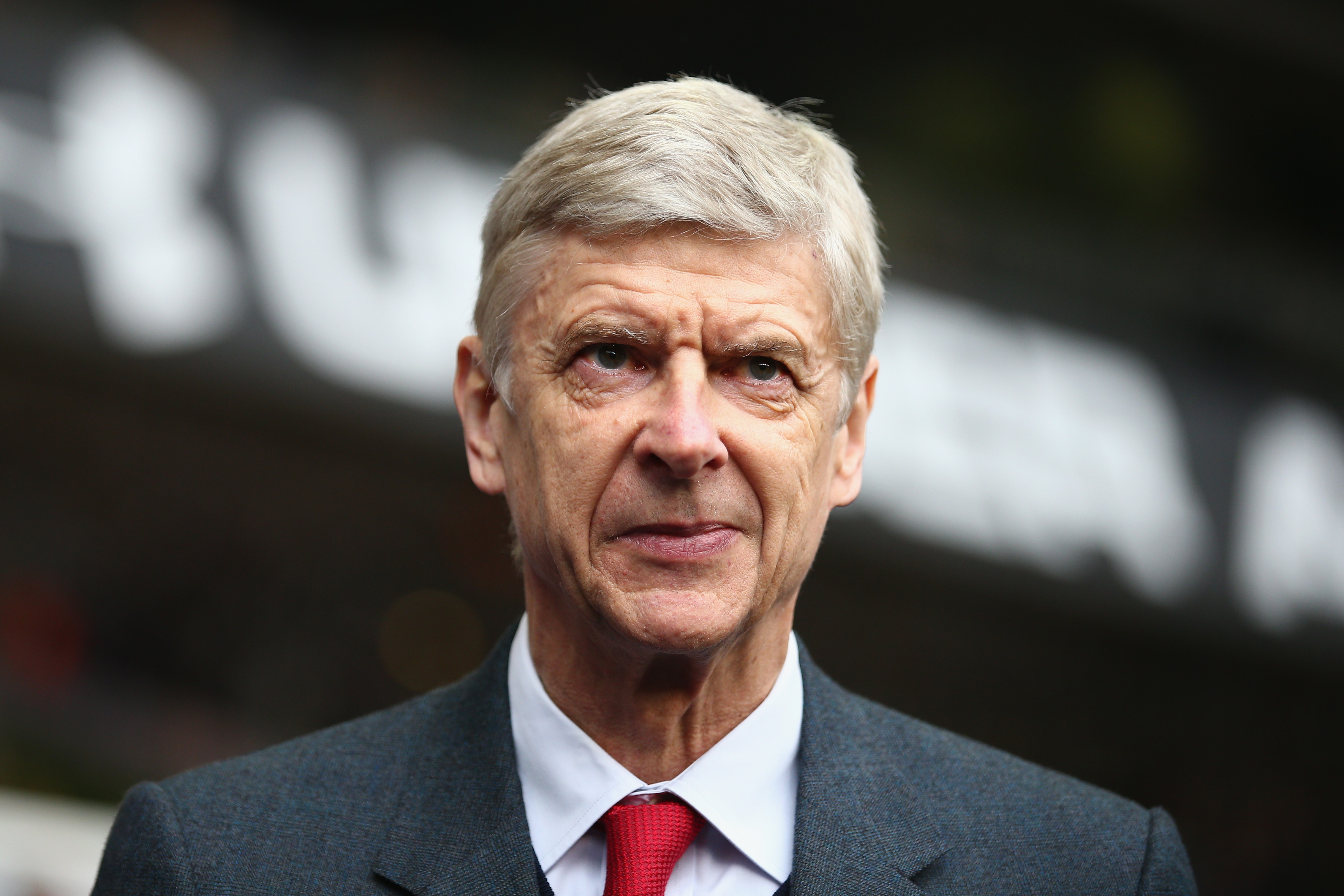 Arsene Wenger tried to sign me, reveals Liverpool legend Robbie Fowler