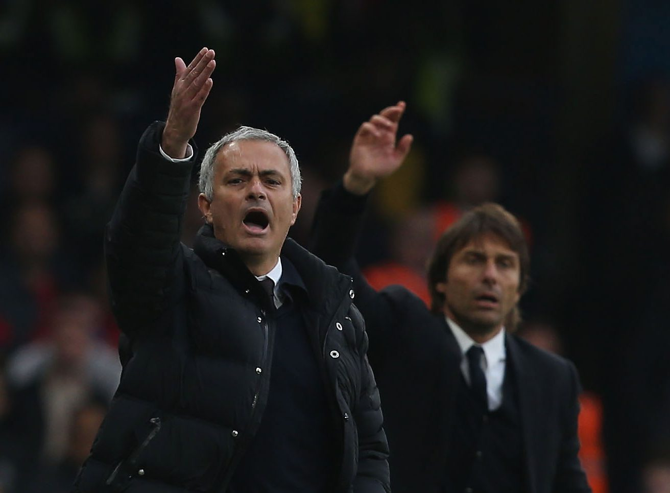 Manchester United boss Jose Mourinho jealous of former club Chelsea, says Gary Neville