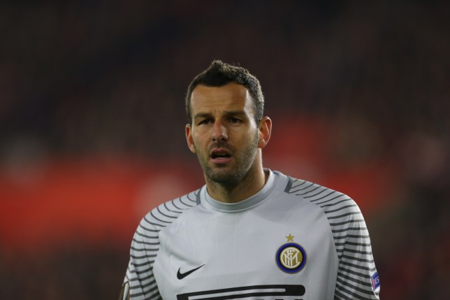 SOUTHAMPTON, ENGLAND - NOVEMBER 03: Samir Handanovic of Inter Milan during the UEFA Europa League match between Southampton FC and FC Internazionale Milano at St Mary's Stadium on November 3, 2016 in Southampton, England. (Photo by Catherine Ivill - AMA/Getty Images)