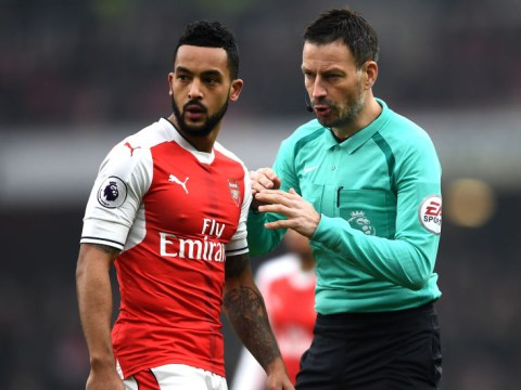 Alan Smith calls out Theo Walcott for disobeying Arsenal's club traditions by wearing short sleeves vs Hull City