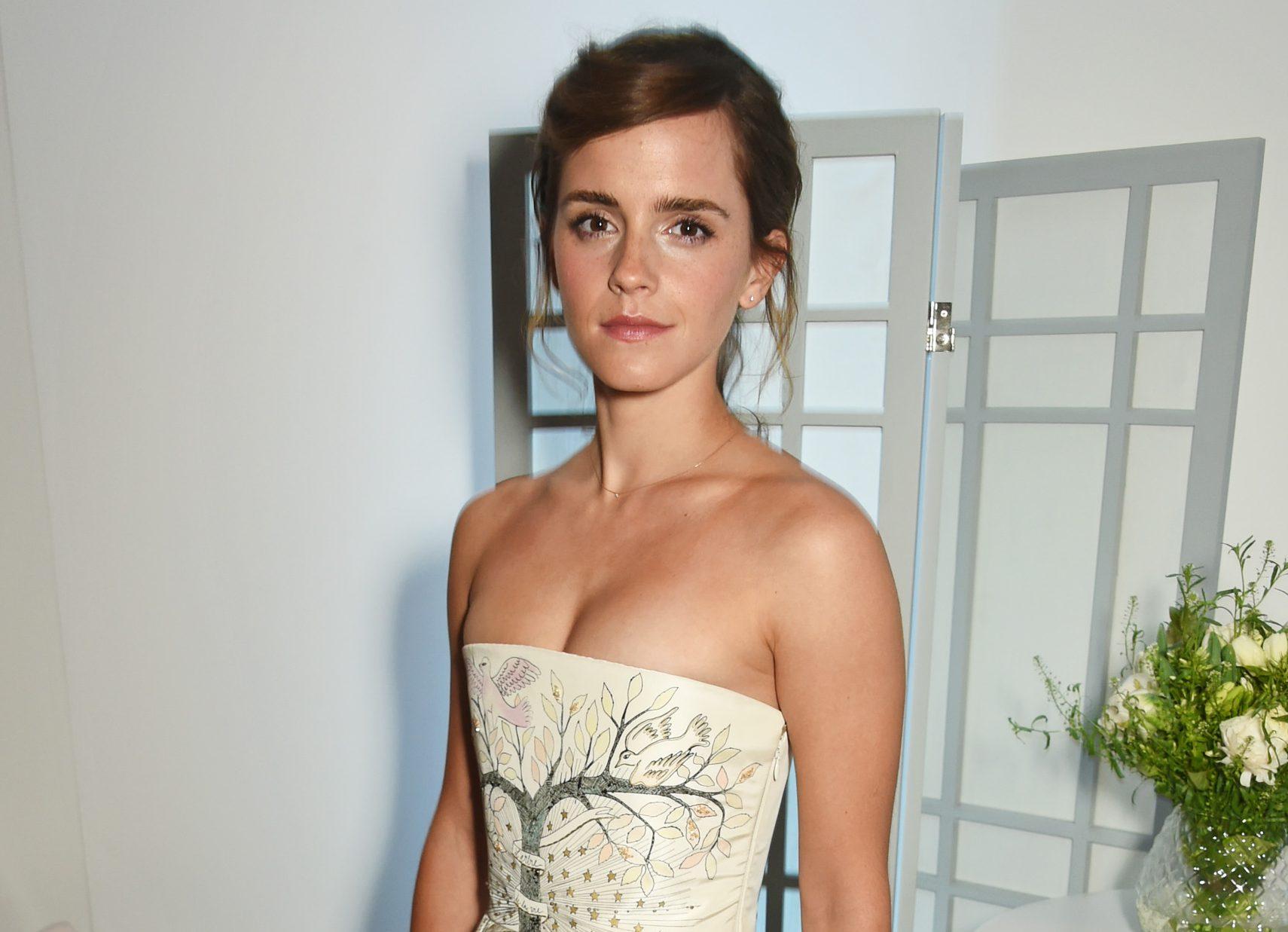 Elle style awards 2017: Emma Watson to Debbie Harry </p>                     </div>   <!--bof Product URL --> <!--eof Product URL --> <!--bof Quantity Discounts table --> <!--eof Quantity Discounts table --> </div>                        </dd> <dt class=