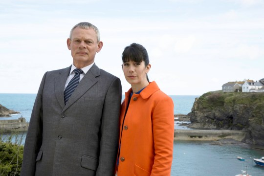TELEVISION PROGRAMMES: DOC MARTIN SERIES 7 - EPISODE 3. MARTIN CLUNES as Doc Martin and CAROLINE CATZ as Louisa. Photographer: NEIL GENOWER. This image is the copyright of ITV and must be credited. The images are for one use only and to be used in relation to DOC MARTIN, any further usage could incur a fee. BUFFALO PICTURES PRODUCTIONS FOR ITV