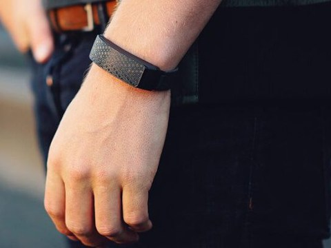 This bracelet for long-distance relationships lets you 'touch' your partner when they're miles away
