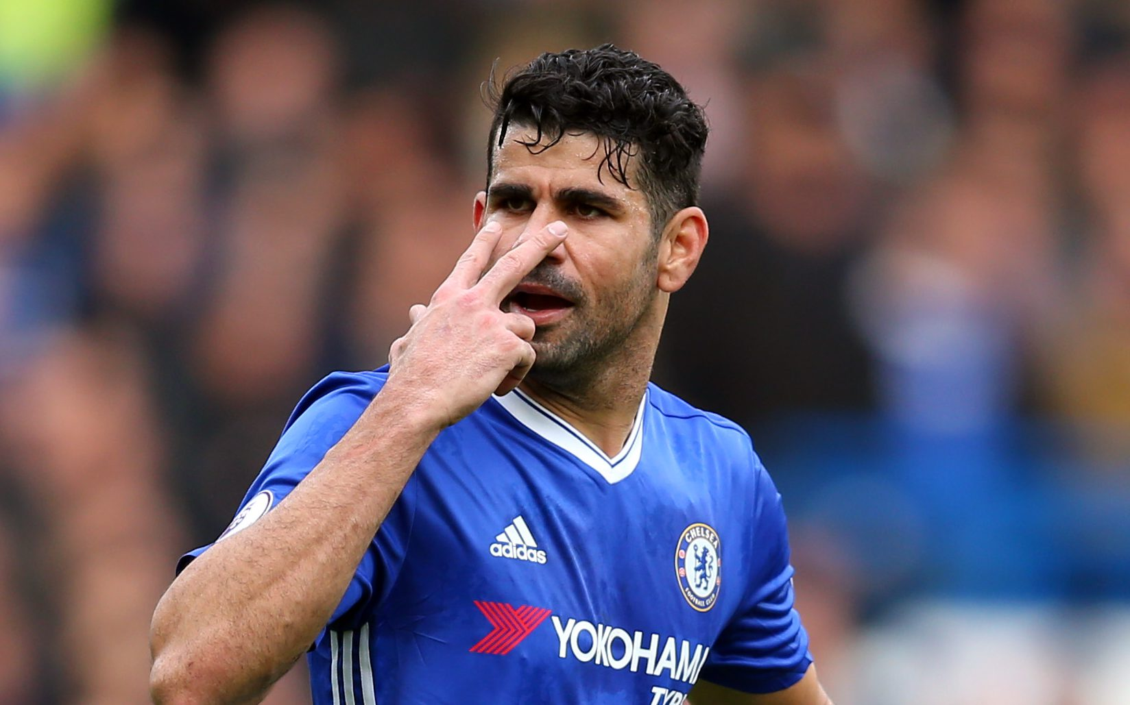 LONDON, ENGLAND - FEBRUARY 04: Diego Costa of Chelsea during the Premier League match between Chelsea and Arsenal at Stamford Bridge on February 4, 2017 in London, England. (Photo by Catherine Ivill - AMA/Getty Images)
