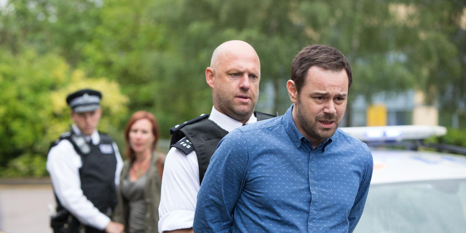 landscape_soaps-eastenders-mick-carter-arrested