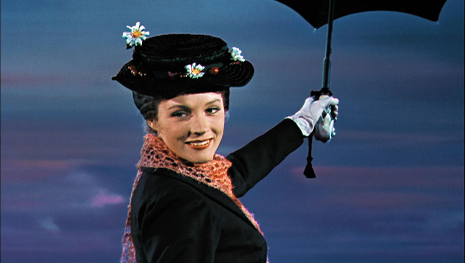 Julie Andrews 'nearly died' during an eye-watering accident on the set of Mary Poppins