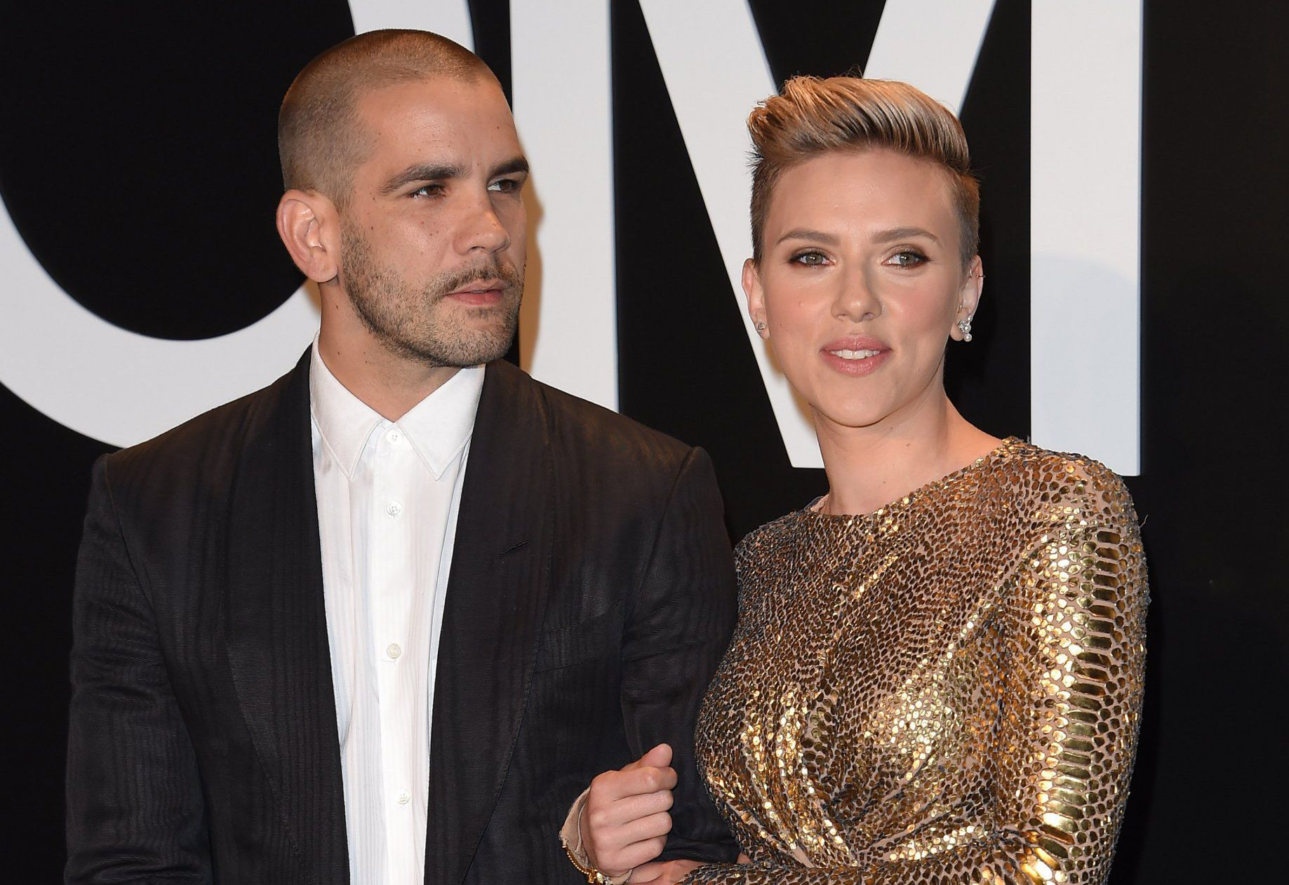 LOS ANGELES, CA - FEBRUARY 20: Actress Scarlett Johansson and husband Romain Dauriac arrive at the Tom Ford Autumn/Winter 2015 Womenswear Collection Presentation at Milk Studios on February 20, 2015 in Los Angeles, California. (Photo by Axelle/Bauer-Griffin/FilmMagic)