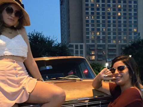 This girl hilariously edited her friend out of her photo after they fell out