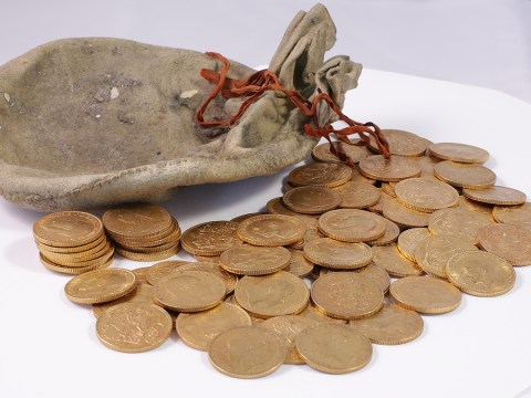 Gold hoard found stuffed in old piano is 'life changing' stash of sovereign coins