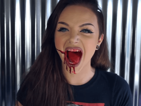 People aren't happy about this beauty vlogger's United Airlines makeup tutorial