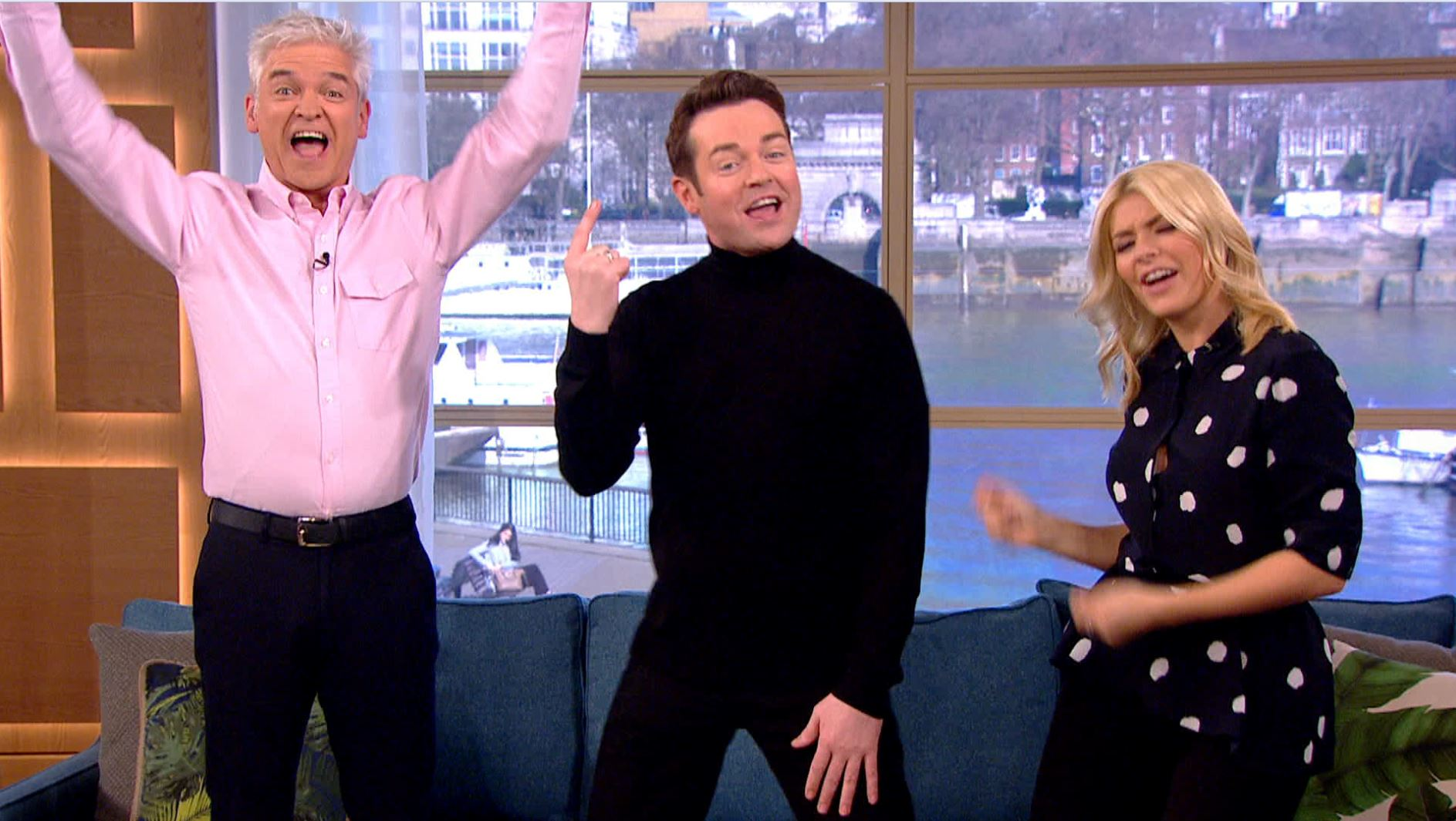 Watch: Holly Willoughby and Simon Cowell help Stephen Mulhern find his one Britain's Got More Talent viewer