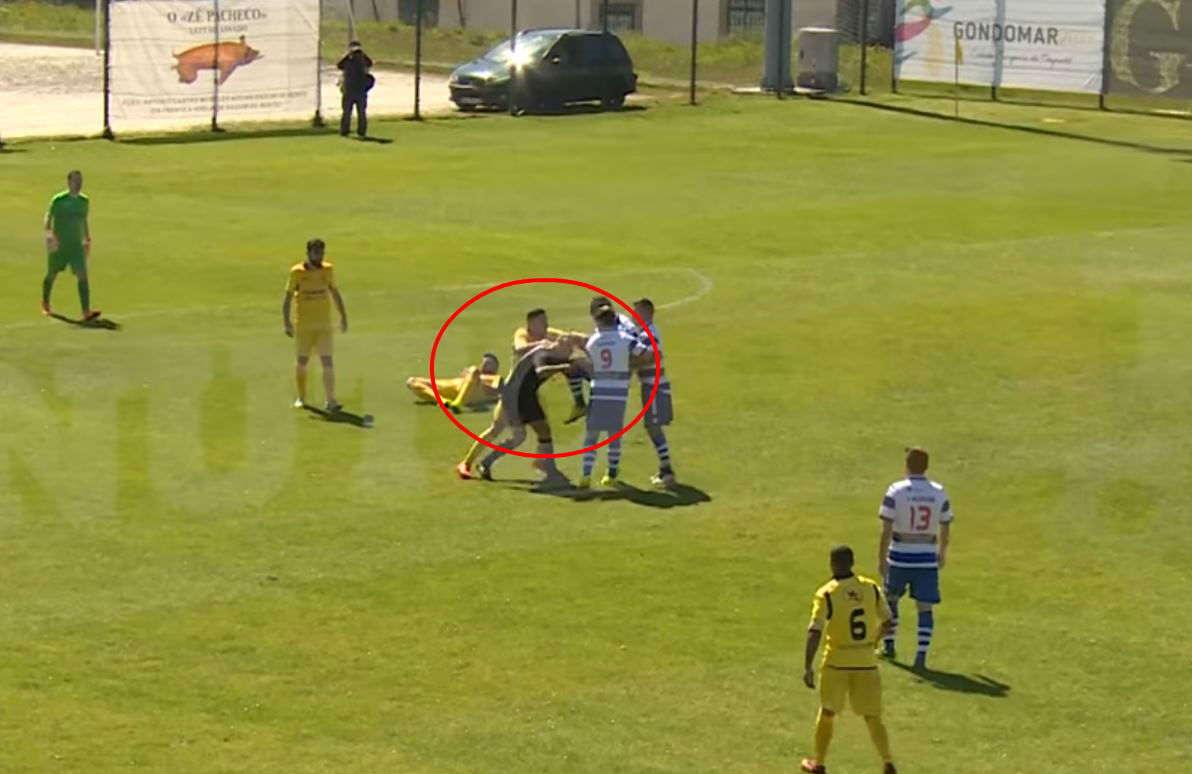 Portuguese footballer from team of ultras knees referee in the face, breaks his nose and sparks mass brawl with police