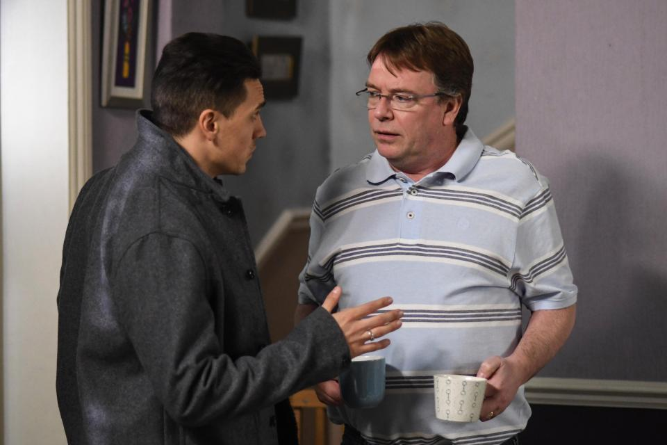 EastEnders fans praise Adam Woodyatt's 'amazing' weight loss as he trains to raise money for the Air Ambulance which saved his son