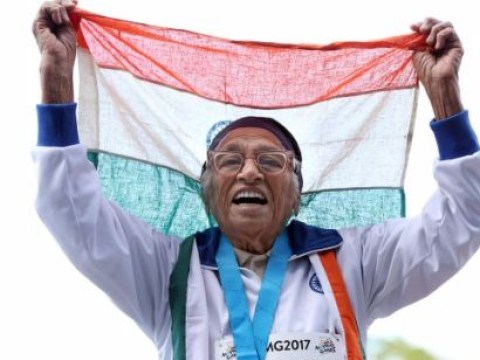 Amazing 101-year-old woman wins 100m sprint