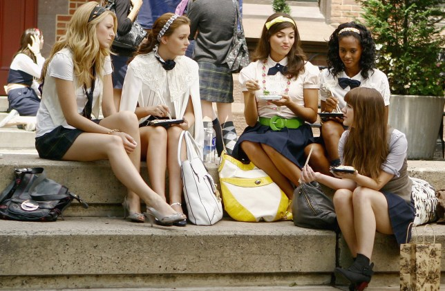 Blake Lively and Leighton Meester in Gossip Girl