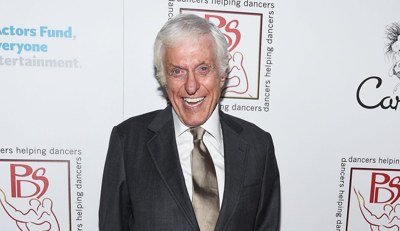 Dick Van Dyke dishes more details on his Mary Poppins Returns role and gives his verdict on Emily Blunt