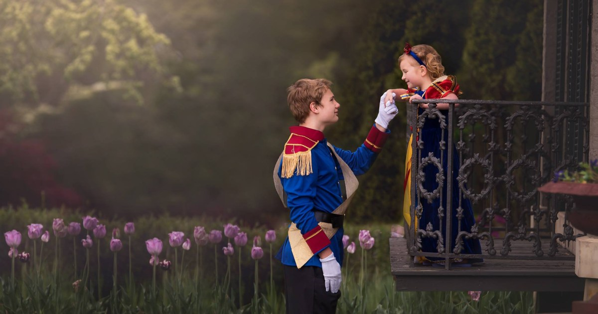 13-year-old boy surprised his little sister with a Disney princess photoshoot