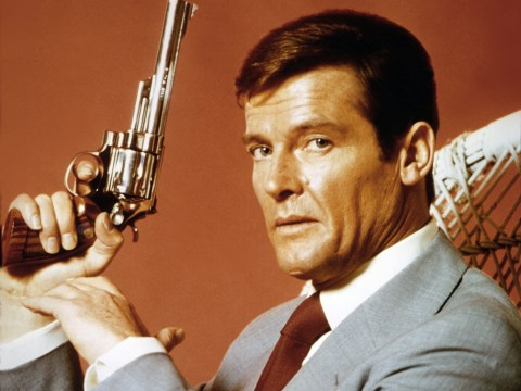 This story about Sir Roger Moore meeting a fan is incredible