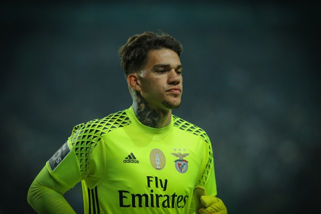 cce81c2114e Man Utd transfer news: Benfica's Ederson talks held by Red Devils ...