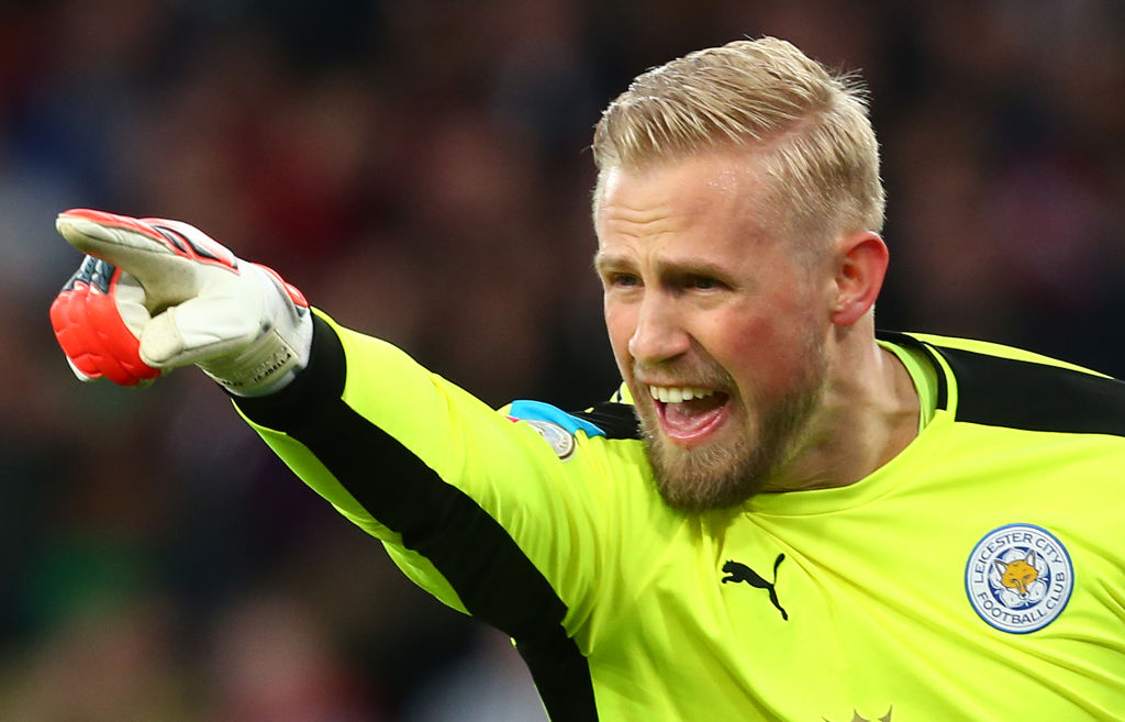 Manchester United have edge over Manchester City in signing Kasper Schmeichel