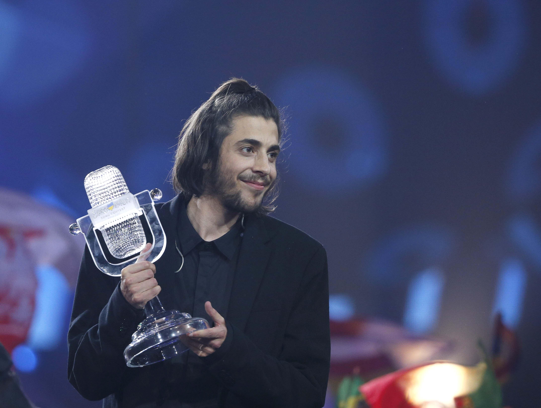 Portugal's Salvador Sobral wins the 2017 Eurovision Song Contest with Amar Pelos Dois