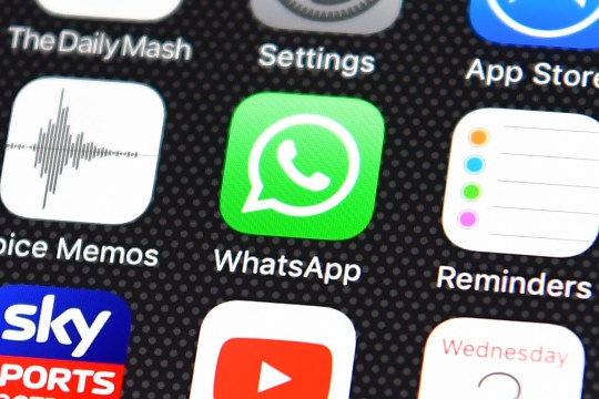 What is WhatsApp Live Location? How to turn it on and off