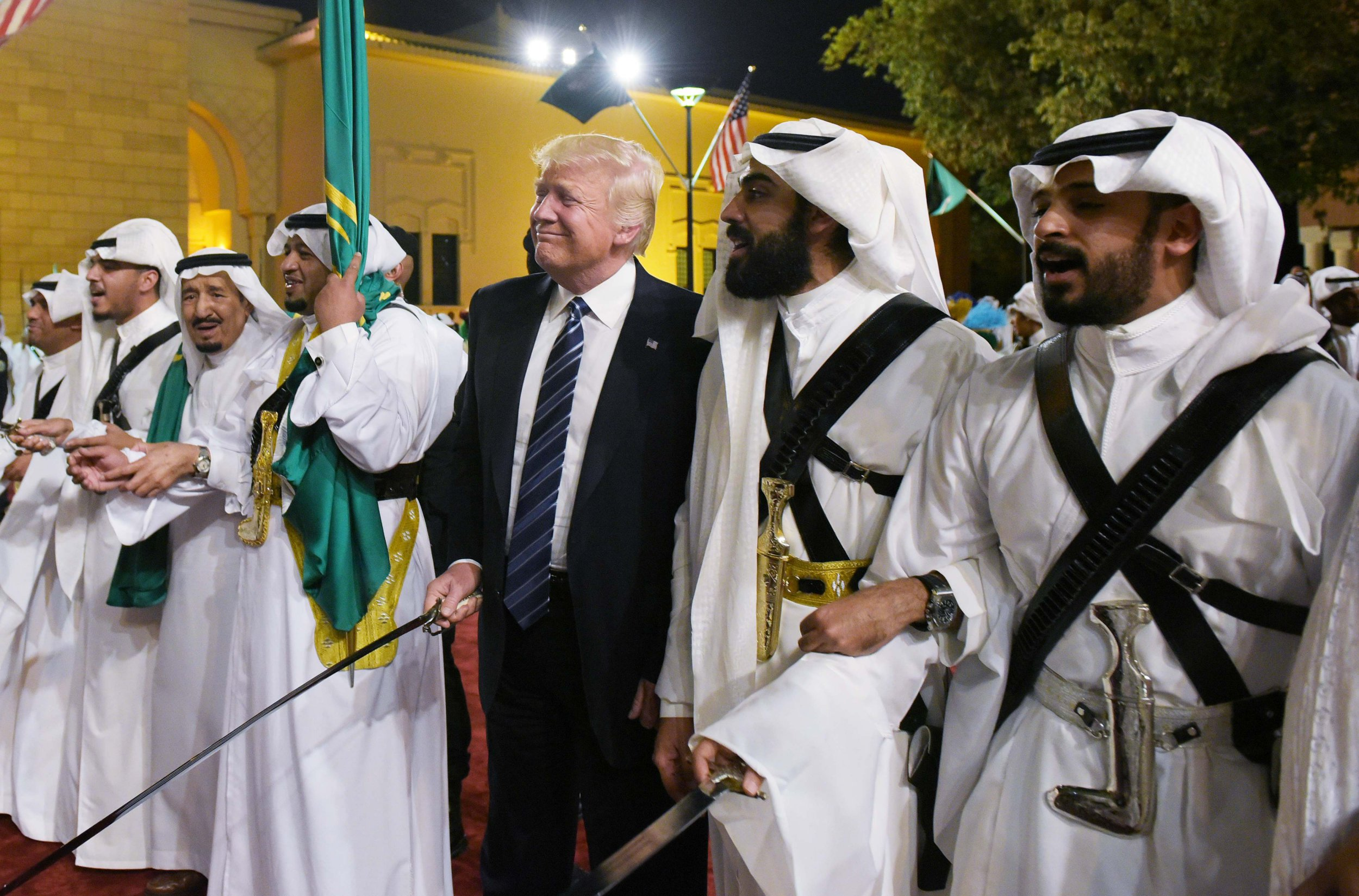Trump arrives in Saudi Arabia with Melania and Ivanka in first foreign trip as President