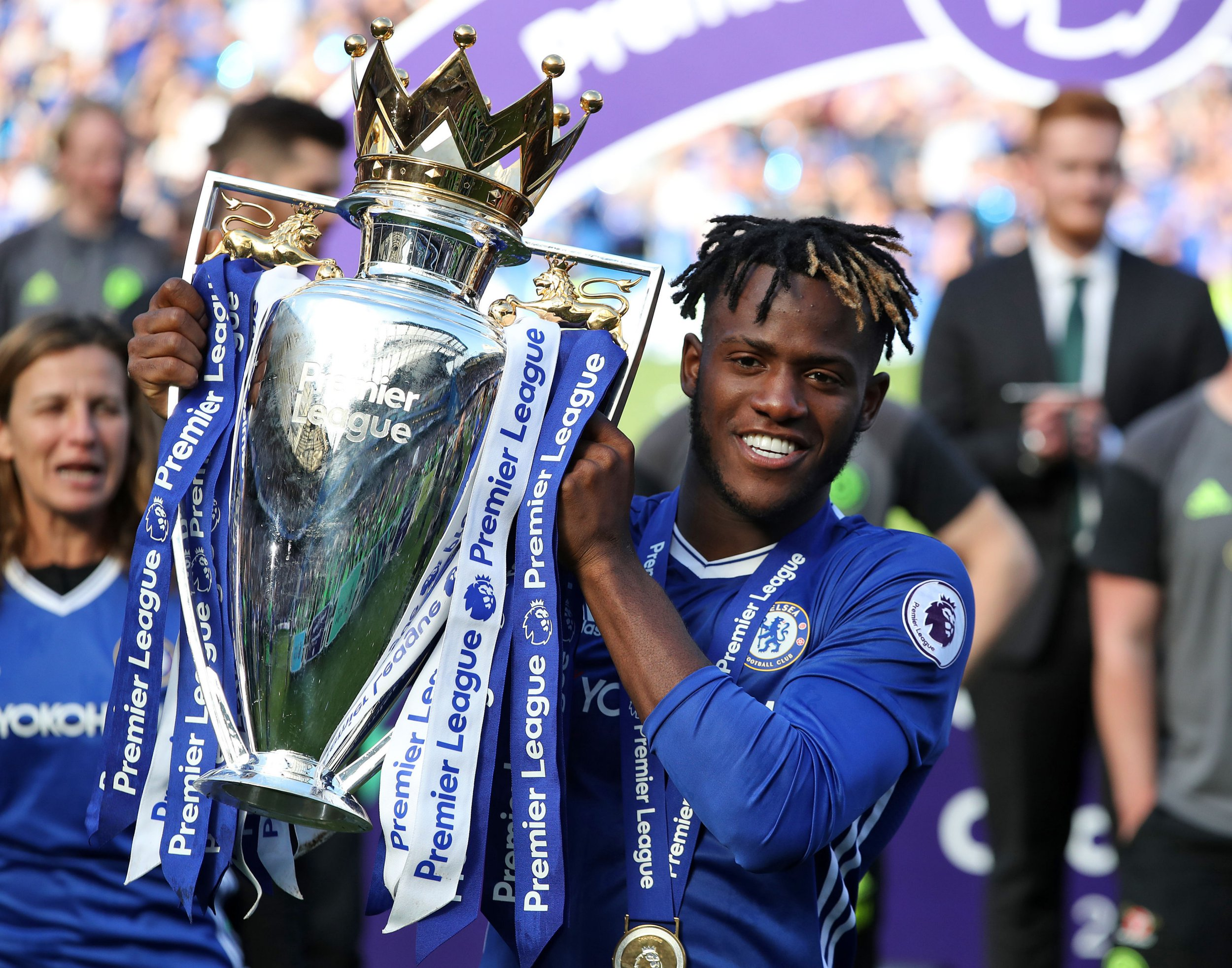 Tiemoue Bakayoko and Michy Batshuayi Twitter exchange sends Chelsea fans into a frenzy