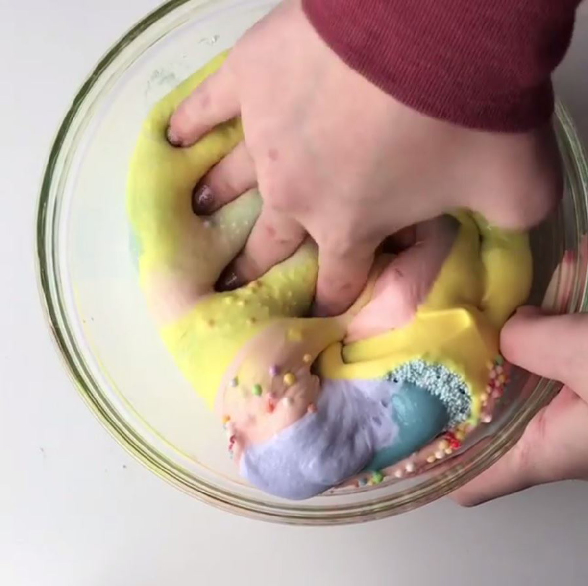 How to make slime and be forever satisfied