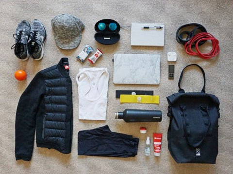 Here's what personal trainers actually carry around in their gym bags