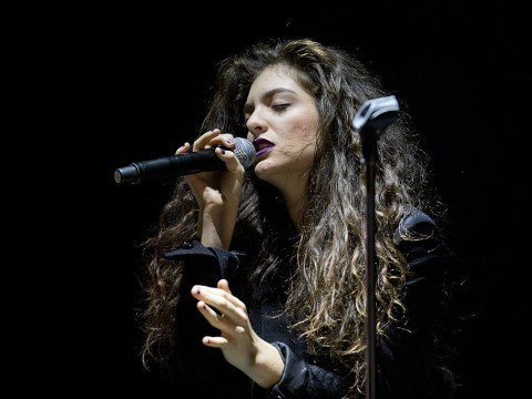 Lorde refuses to perform at Grammys because they won't let her sing solo