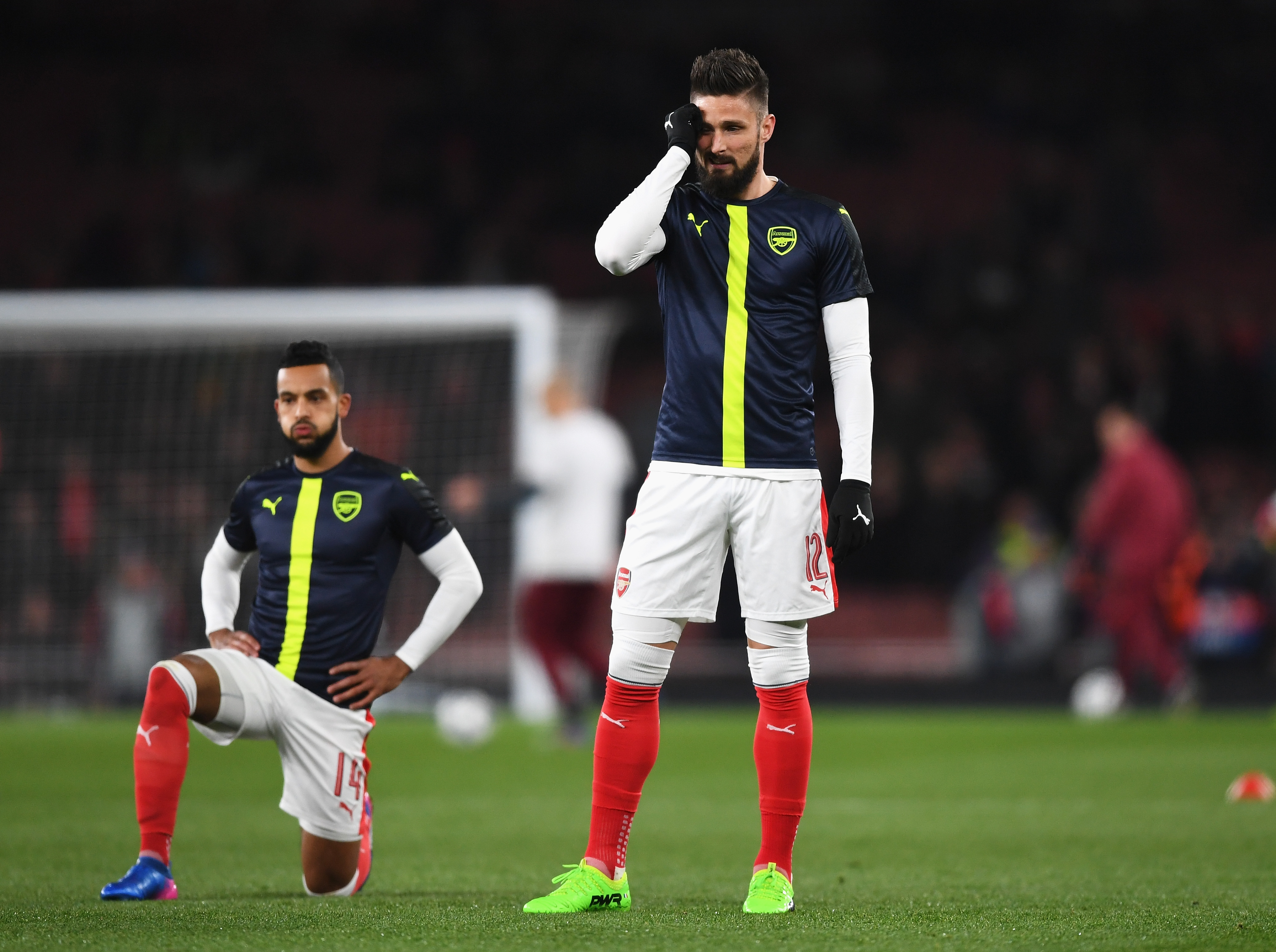 West Ham looking into Olivier Giroud and Theo Walcott transfers from Arsenal