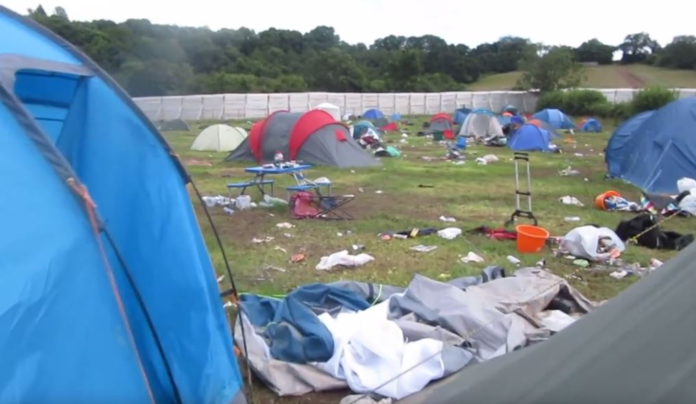 Video of aftermath of Glastonbury 2016 shames anyone who didn't bother taking their tent home