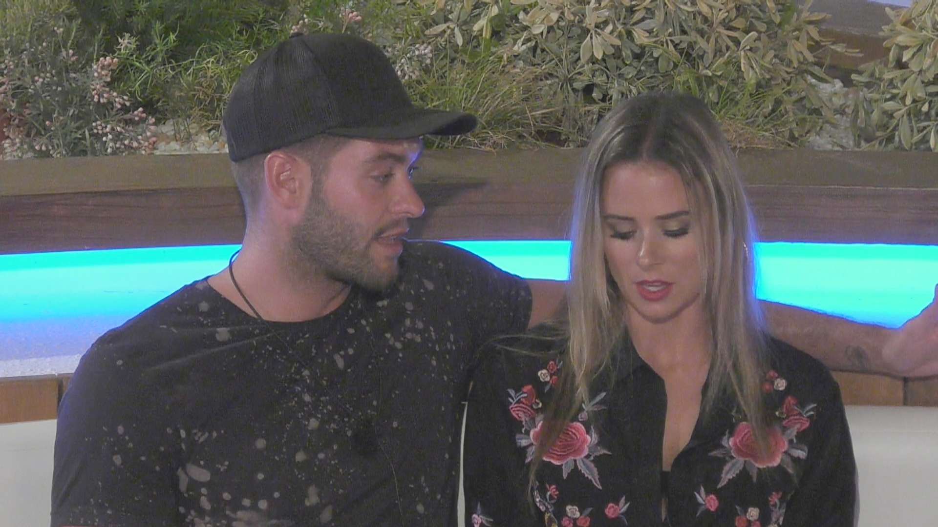 Love Island: If Jonny dumps Camilla it will be worse than watching someone kick a puppy
