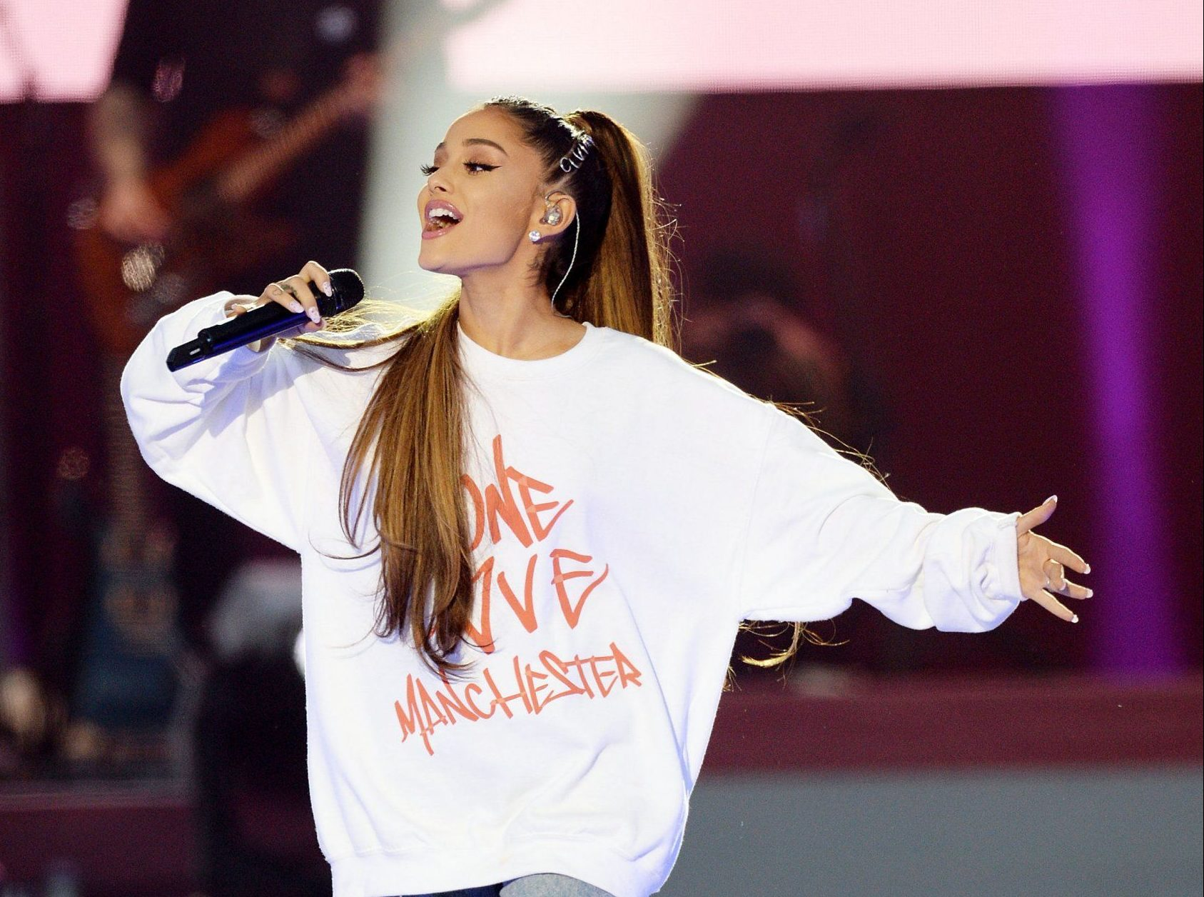 Ariana Grande to release Over The Rainbow to raise money for the We Love Manchester Emergency Fund