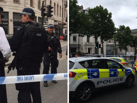 Trafalgar Square evacuated by armed police