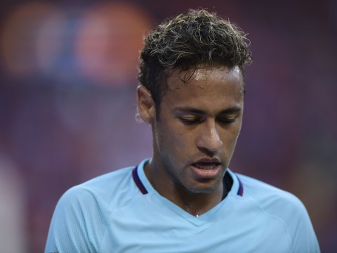 Barcelona's Neymar closing in on PSG transfer after finalising contract