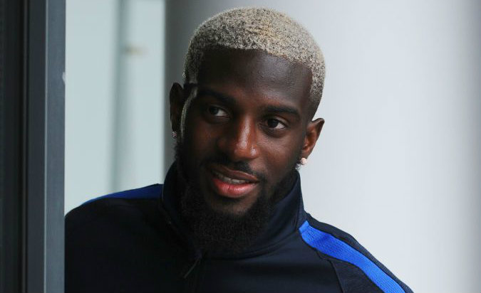 Tiemoue Bakayoko confirms Chelsea move by 'liking' good luck messages from fans