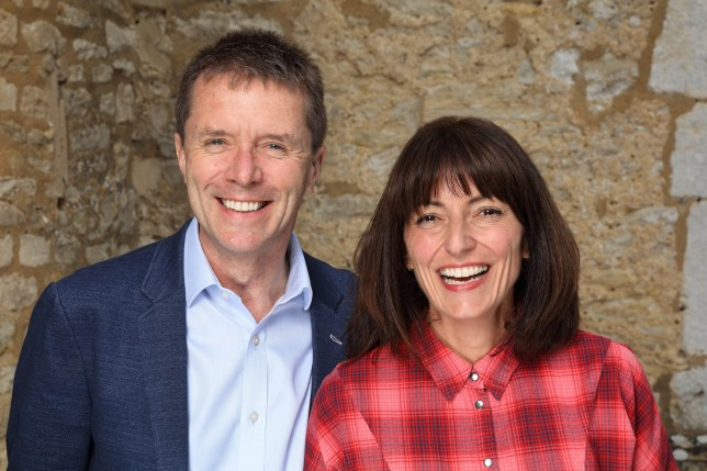 Nicky Campbell and Davina McCall in Long Lost Family