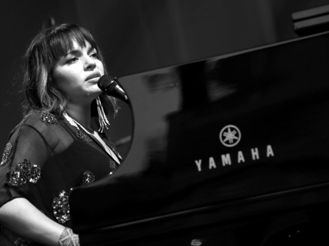 'I smell sausages': Norah Jones brings jazz, glamour and Come Away With Me to Somerset House Summer Series 2017