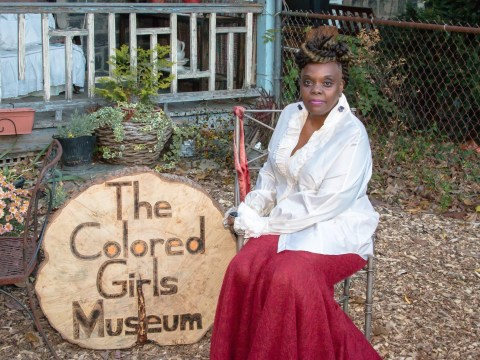 Woman turns home into museum after getting sick of black women being ignored by the art world