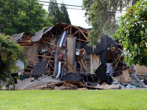 People evacuated as huge sinkhole swallows homes in Florida