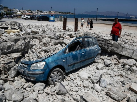 Strong aftershocks cause panic in Kos a day after earthquake that killed two