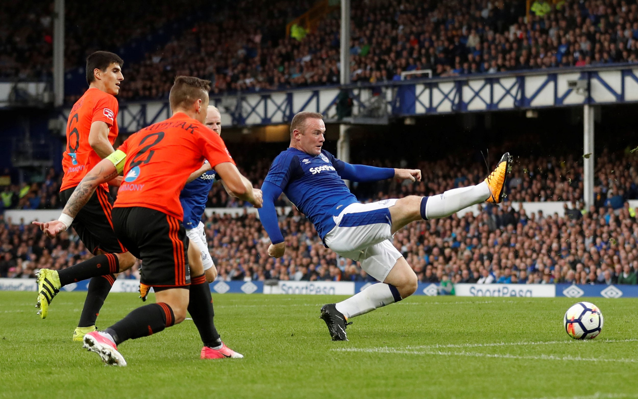 After Wayne Rooney makes his second debut Ronald Koeman declares: 'Everton need a new striker'