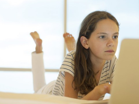 One in three young girls feel the need to look 'perfect' online, reports Girlguiding