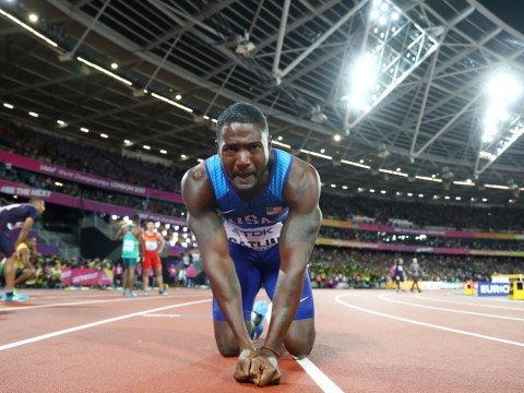 Justin Gatlin gestures at London crowd after stunning Usain Bolt in 100m final