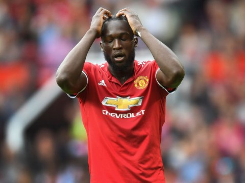 Manchester United striker Romelu Lukaku should ignore his critics, says Alan Shearer