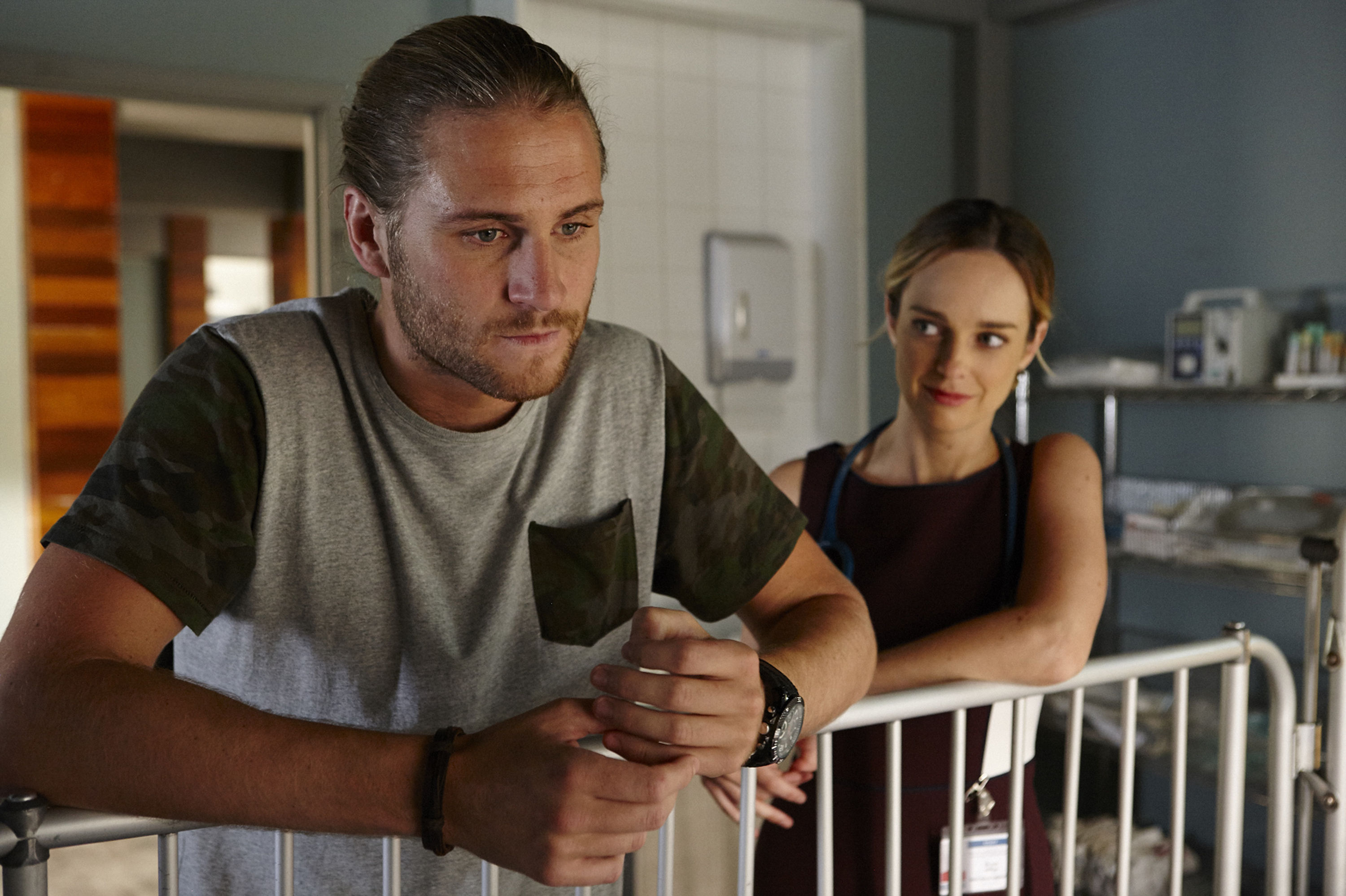 Home and Away spoilers: Ash and Tori lean in for a kiss?